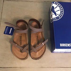 Yara Birkenstock's